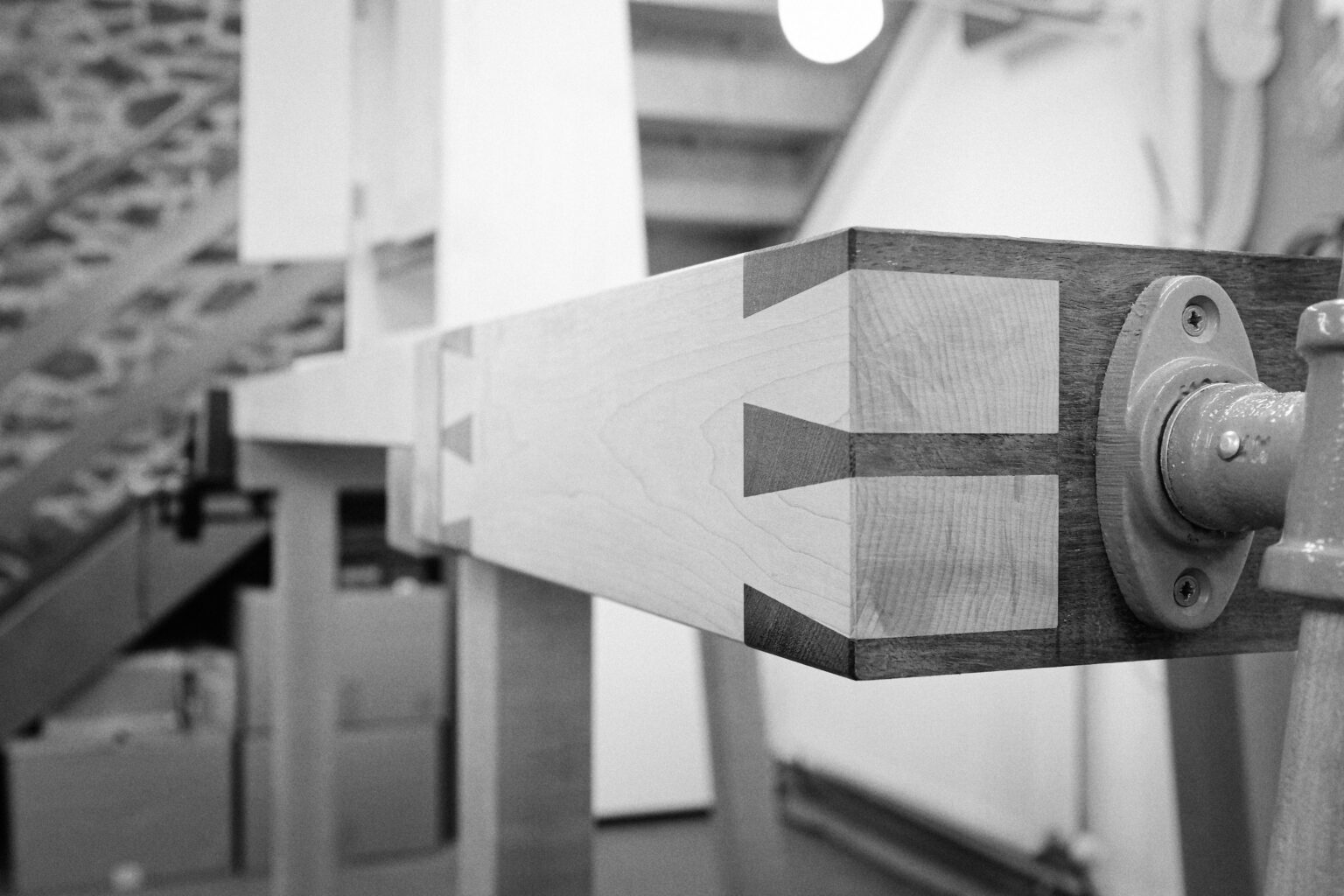 A CLOSEUP OF THE TAILVICE ON A CUSTOM ROWDEN ATELIER WORKBENCH, MADE IN THE FURNITURE MAKING CURRICULUM ON OUR WOODWORKING COURSES