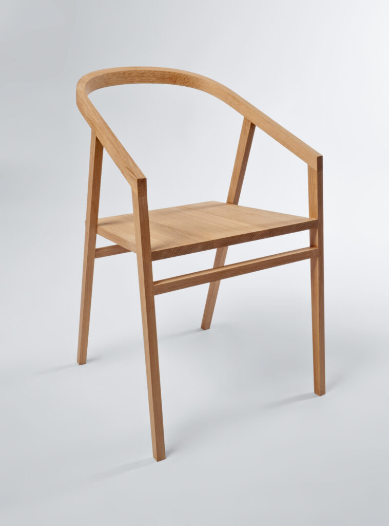 A CHAIR MADE ON A FURNITURE MAKING COURSE AT ROWDEN ATELIER