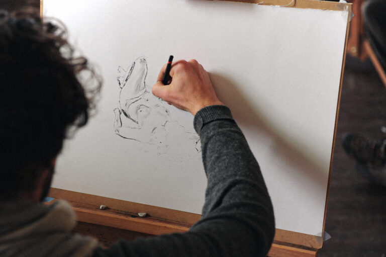 A student in a life drawing class at Rowden Atelier on a learn professional woodworking course