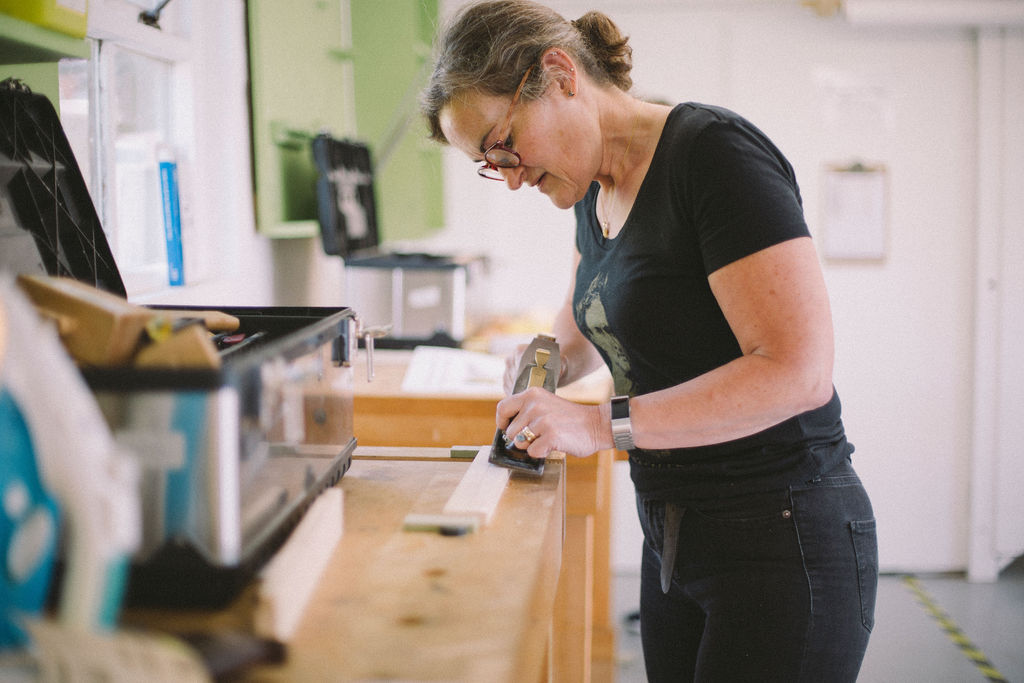 a student on a short woodworking course at Rowden Atelier, UK